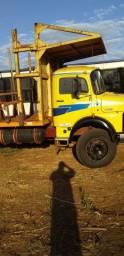 Caminhão 2213 84