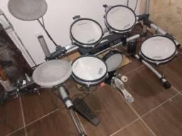 Bateria eletrônica staff drums