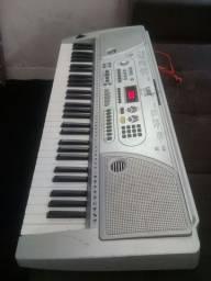 teclado super conservado