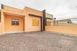 Casa com três dormitórios localizado no bairro Bonsucesso em Gravataí