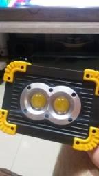 Refletor led a bateria