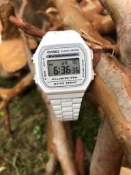 Relógio Novo qualidade