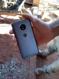 Celular E4 Plus