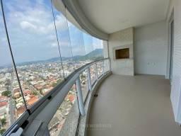 Apartamento 3 Suítes 3 Vagas no Centro em Balneário Camboriú