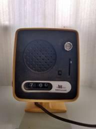 Rádio vintage antigo TEC