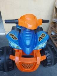 Quadriciclo elétrico (moto eletrica)