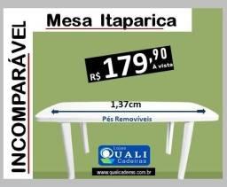 Mesa plastica retangular com pés removiveis - 1,37cm