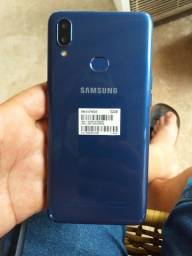 Samsung A10s zero 2 meses de uso.