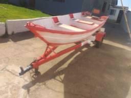 Vendo barco com motor Evirude 15 HP mais reboque para carro