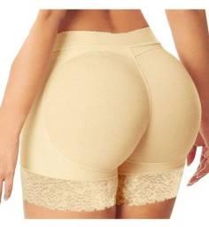 Promoção de modeladores de bumbum e lingerie