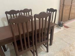 Vende-se mesa de madeira ( madeira Angico )