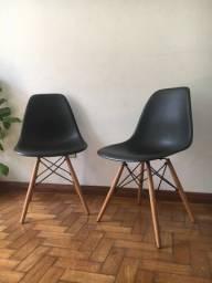 Conjunto com 4 cadeiras Charles Eames