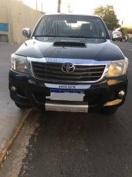 Toyota Hilux CD4X4 SR 2014