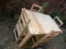 Mesas com cadeiras leia a descrição