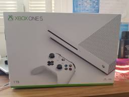 Xbox Game one S 1Tb