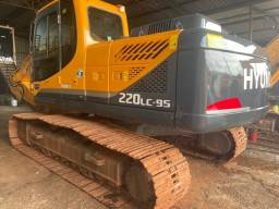 Escavadeira Hyundai R220LC-9S / 2012