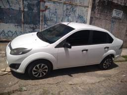 Vendo Ford fiesta - 2012