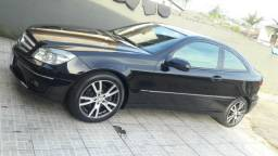 Mercedes clc 200 - 2010