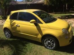Fiat 500 amarelo - 2010