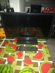 Vendo TV Led de 21 polegadas semi nova