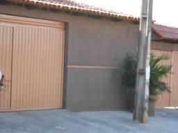 Barracão mobiliado com garagem, tv a cabo e wifi vila pedroso