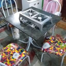 Kit geladeira + mesa 4 cadeiras + fogão industrial