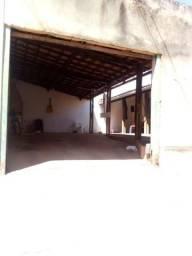 Casa de 3 qts sendo 1 suíte na Rua 36 Setor Tradicional