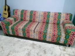 Lindo sofá com estampa peruana