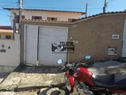 Casa no bairro Pinheoros com 03 quartos
