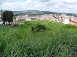 ma área bem localizada frente para a Av.Manuel Diniz