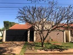 8439 | Casa à venda com 4 quartos em Parque Alvorada, Dourados