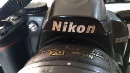 Vendo câmera Nikon d3000