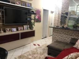 Lindo apartamento bem cuidado, móveis planejados e segurança 24h