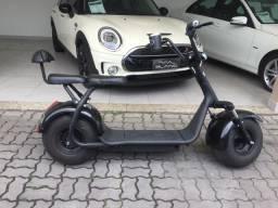 Scooter Elétrica de dois lugares 2000watss .