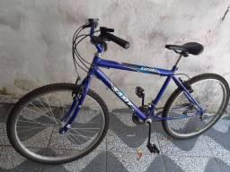 Bicicleta de macha com nota