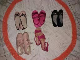 Calçados usados em bom estado