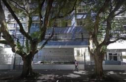 Apartamento para venda tem 260 metros quadrados com 4 quartos em Vitória - Salvador - BA