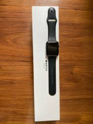 Apple Watch Series 3 - 42 mm - Space Gray Aluminum Black