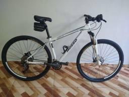 Bicicleta aro 29 Shimano Deore
