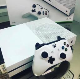 Xbox One s 1tb completo vários jogos + garantia