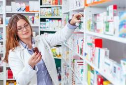 Auxiliar de embalagem farmacêutica