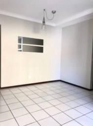 Apartamento três quartos Ponta Verde