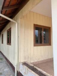 Casa madeira de lei para retirar