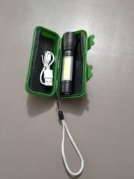 Mini Lanterna Tática Com Led E Zoom Recarregável Usb
