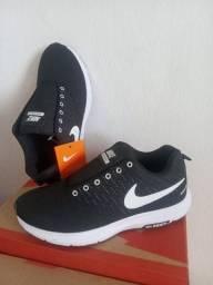 Tênis Nike zoom Novo!!