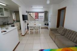 Apartamento com vaga, 50 metros do mar da Praia grande em Torres -RS