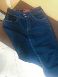 Calças jeans feminina NUNCA USADA!
