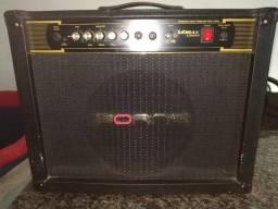 Amplificador de guitarra Borne