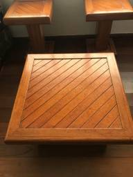 Mesa de centro e mesas de canto