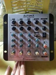 Mesa de som automix 4 canais